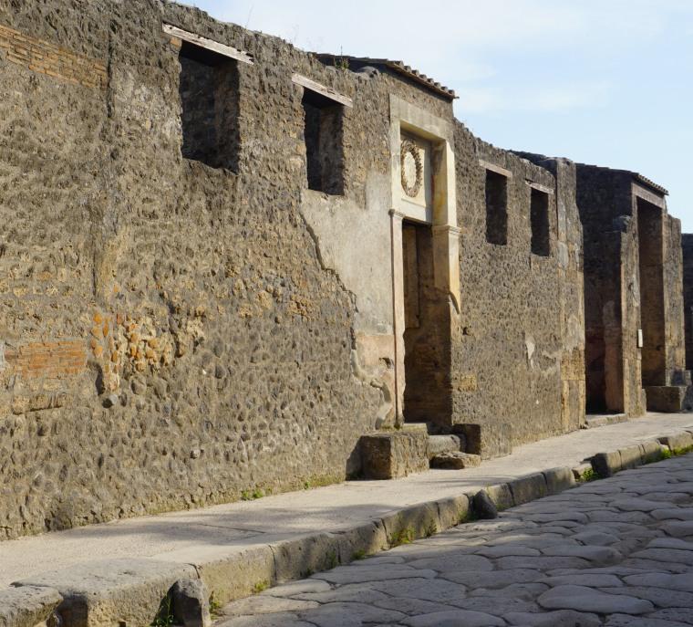 pompeii_0001_ruins