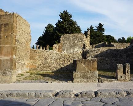 pompeii_0002_ruins