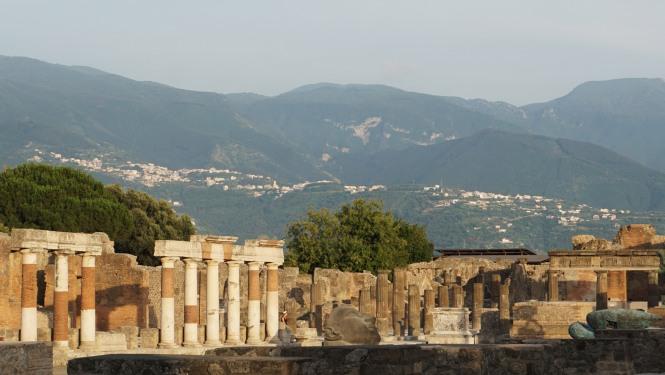pompeii_0010_ruins